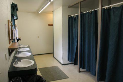 Lodging_Bunks_Restroom_Retreats