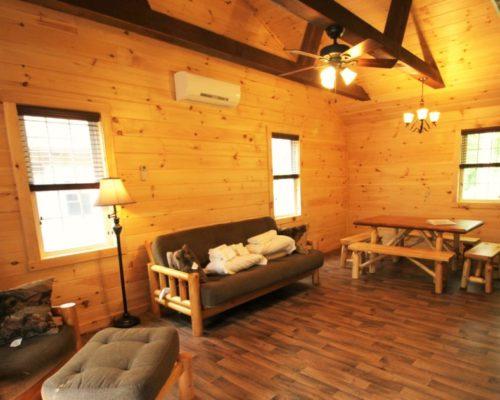 Lodging_Retreat_Family Getaway_Cabins