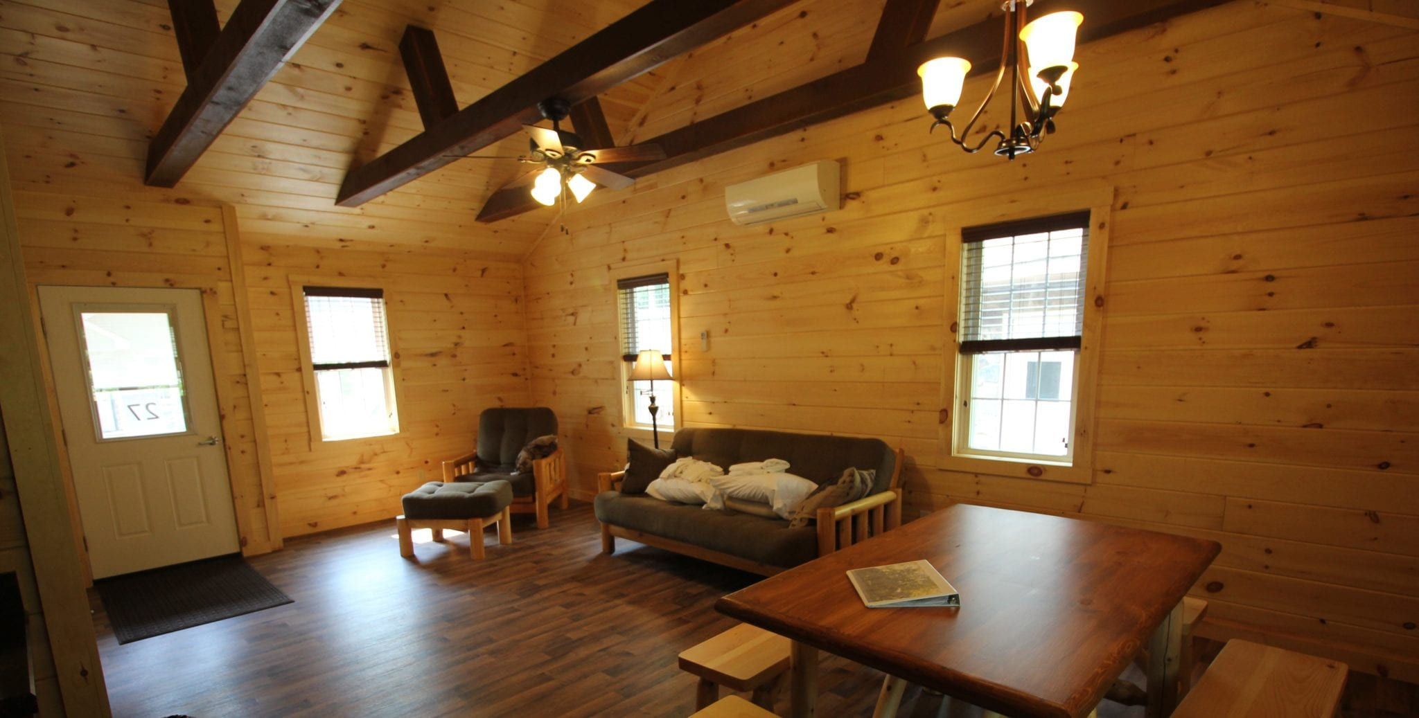 Lodging_Retreat_Family Getaway_Cabins