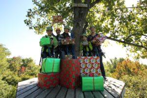 Christmas_Promotion_Presents_Zipline_Fall