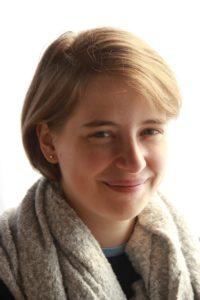 suzanne harnish short hair