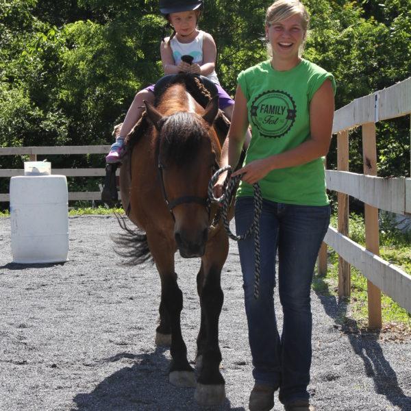 Farm Animal Experience_Horse_Children_Summer_Hannah